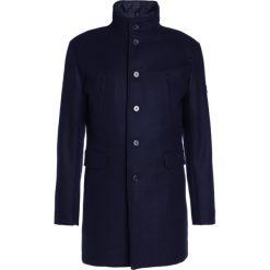 Płaszcze męskie: J.LINDEBERG GAVIN Krótki płaszcz navy