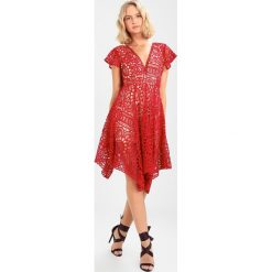 Sukienki hiszpanki: Love Triangle SUNDAY DREAMING HANKY DRESS Sukienka koktajlowa red