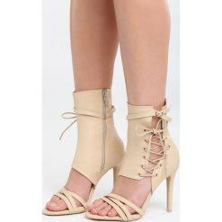 Beżowe Sandały Little Lights. Brązowe sandały damskie marki Born2be, z materiału, na wysokim obcasie, na obcasie. Za 109,99 zł.