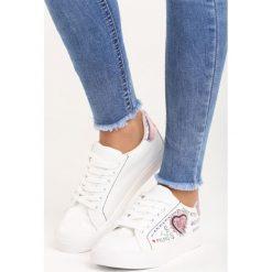 Buty sportowe męskie: Biało-Różowe Buty Sportowe Go On