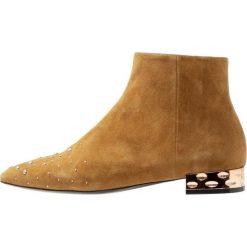 Bruno Premi Ankle boot coloniale. Niebieskie botki damskie skórzane marki Bruno Premi. Za 649,00 zł.