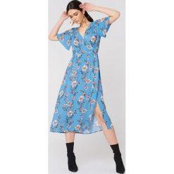 Sukienki hiszpanki: Minkpink Sukienka midi Somerset – Blue