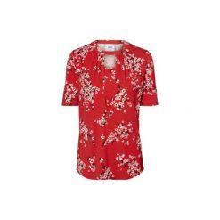 Mama licious  Koszulka dla kobiet karmiących MLIBEN Chinese Red - czerwony - Gr.Odzież ciążowa. Niebieskia bluzki ciążowe marki bonprix, z materiału, z dekoltem w serek. Za 139,00 zł.