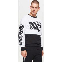 Bluza z nadrukiem WHATEVER - Biały. Białe bluzy męskie rozpinane marki Adidas, l. Za 99,99 zł.
