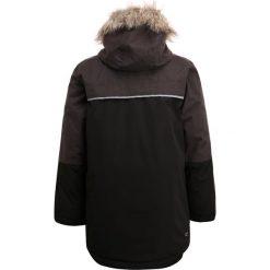 Regatta PAXTON Płaszcz zimowy black/dust. Czarne kurtki chłopięce zimowe marki Regatta, z materiału, sportowe. W wyprzedaży za 199,50 zł.
