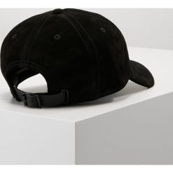 Rag & bone LENOX Czapka z daszkiem black. Czarne czapki z daszkiem męskie rag & bone, z materiału. W wyprzedaży za 356,95 zł.