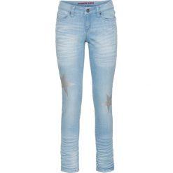 Dżinsy SKINNY z nadrukiem gwiazd bonprix niebieski bleached. Niebieskie jeansy damskie bonprix, z nadrukiem, z jeansu. Za 59,99 zł.