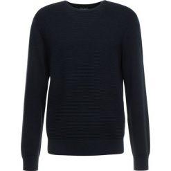 Armani Exchange Sweter navy. Niebieskie swetry klasyczne męskie Armani Exchange, m, z bawełny. Za 419,00 zł.