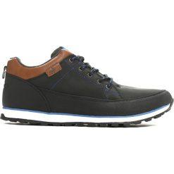 Czarne Buty Sportowe Desire. Czarne buty skate męskie marki Asics, do piłki nożnej. Za 59,99 zł.