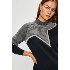 Jacqueline de Yong - Sweter Bright Star. Szare swetry klasyczne damskie Jacqueline de Yong, l, z dzianiny. W wyprzedaży za 59,90 zł.