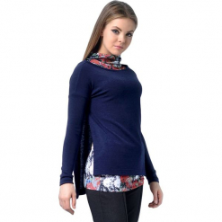 Zestaw w kolorze granatowym ze wzorem - top, sweter. Niebieskie swetry klasyczne damskie Lila Kass, xxs, z dekoltem w łódkę. W wyprzedaży za 249,95 zł.