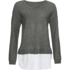 Sweter z koszulową wstawką bonprix szaro-zielony melanż. Szare swetry klasyczne damskie marki bonprix, z dekoltem w serek. Za 59,99 zł.