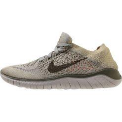 Nike Performance FREE RN FLYKNIT 2018 Obuwie do biegania neutralne olive. Zielone buty do biegania damskie Nike Performance, z materiału. W wyprzedaży za 439,20 zł.
