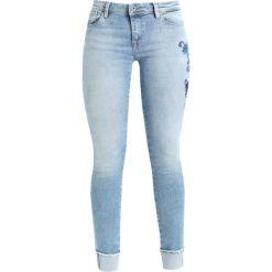 Only Petite ONLCARMEN Jeans Skinny Fit light blue denim. Niebieskie boyfriendy damskie Only Petite, petite. Za 209,00 zł.