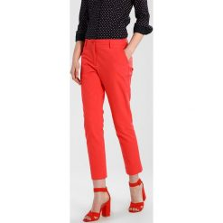 Chinosy damskie: Opus EARLY Chinosy poppy red