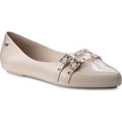Baleriny ZAXY - Chic I Fem 82533 Beige 01319 BB285017 02064. Brązowe baleriny damskie Zaxy, z tworzywa sztucznego. W wyprzedaży za 149,00 zł.