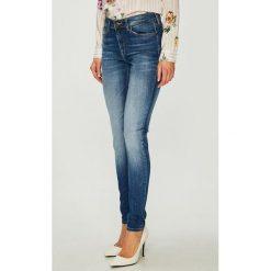Tommy Jeans - Jeansy Nora. Niebieskie jeansy damskie rurki Tommy Jeans, z bawełny. Za 449,90 zł.