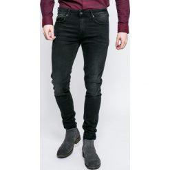 Pepe Jeans - Jeansy Finsbury. Czarne rurki męskie marki Pepe Jeans. W wyprzedaży za 339,90 zł.