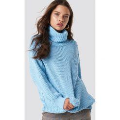 Trendyol Sweter Polo Knitted - Blue. Zielone golfy damskie marki Emilie Briting x NA-KD, l. Za 100,95 zł.