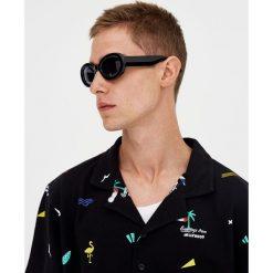 Koszulka polo z nadrukiem pop. Zielone koszulki polo Pull&Bear, m, z nadrukiem, z krótkim rękawem. Za 48,90 zł.