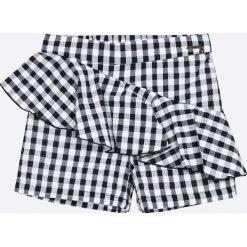Guess Jeans - Szorty dziecięce 118-175 cm. Czarne szorty damskie z printem marki bonprix. W wyprzedaży za 159,90 zł.