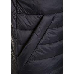 Abercrombie & Fitch Kamizelka black/grey. Czarne kamizelki dziewczęce Abercrombie & Fitch, z materiału. W wyprzedaży za 191,20 zł.