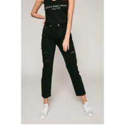 Calvin Klein Jeans - Jeansy. Szare jeansy damskie z wysokim stanem Calvin Klein Jeans. W wyprzedaży za 399,90 zł.