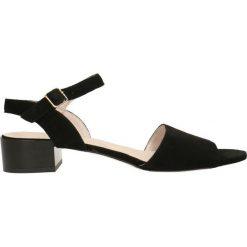 Sandały UVA. Szare sandały damskie marki Gino Rossi, w paski, z materiału, małe. Za 229,90 zł.