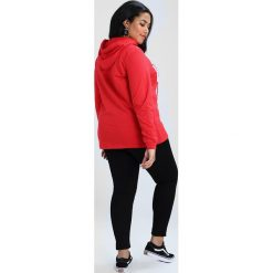 Bluzy rozpinane damskie: Zizzi OTRACY HOODIE Bluza z kapturem high risk red