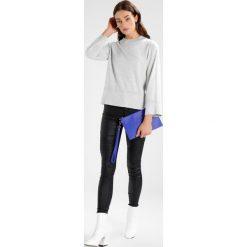 Swetry damskie: Vila VIBEKKA SLEEVE Sweter super light grey melange