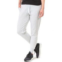 4f Spodnie damskie H4L18-SPDD002 szare r. L. Szare spodnie sportowe damskie 4f, l. Za 79,00 zł.
