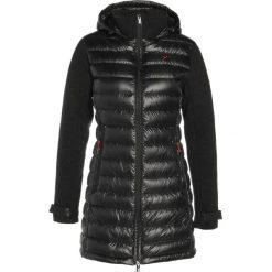 Płaszcze damskie pastelowe: Yeti ELEVEN Płaszcz puchowy black