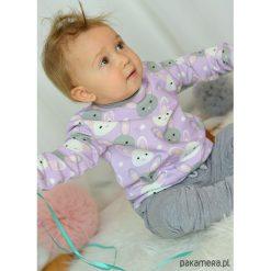 Fioletowa bluza dziecięca króliczki. Fioletowe bluzy dziewczęce rozpinane marki Pakamera, z nadrukiem, z bawełny. Za 85,00 zł.
