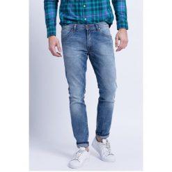 Wrangler - Jeansy Larston Slim Tapered. Niebieskie jeansy męskie slim marki House, z jeansu. W wyprzedaży za 259,90 zł.