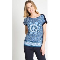 Bluzki damskie: Granatowa bluzka z orientalnym niebieskim wzorem QUIOSQUE