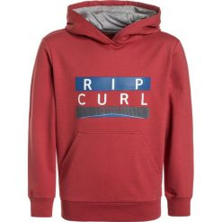 Rip Curl CAVERN HOODED  Bluza z kapturem mineral red. Czerwone bejsbolówki męskie Rip Curl, z bawełny, z kapturem. Za 169,00 zł.
