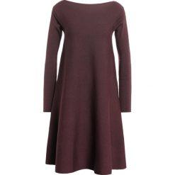 Sukienki: Roberto Collina Sukienka dzianinowa bordeaux