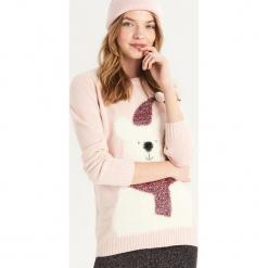 Sweter z zimowym misiem - Różowy. Czerwone swetry klasyczne damskie Sinsay, l. Za 59,99 zł.