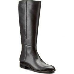 Oficerki GINO ROSSI - Miwa DKH124-S95-E100-9900-F 99. Czarne buty zimowe damskie marki Gino Rossi, z materiału, na obcasie. W wyprzedaży za 369,00 zł.