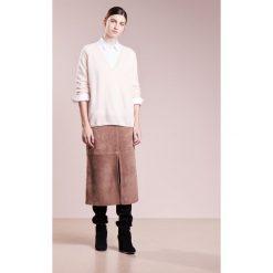 Swetry klasyczne damskie: Bruuns Bazaar RITA  Sweter rose beige