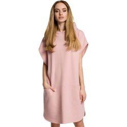 Pudrowa Luźna Nietoperzowa Sukienka z Kapturem. Różowe sukienki na komunię Molly.pl, na spotkanie biznesowe, l, z materiału, z kapturem, bez rękawów, oversize. Za 105,90 zł.