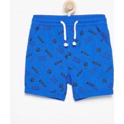 Bermudy damskie: Krótkie spodenki dresowe – Niebieski