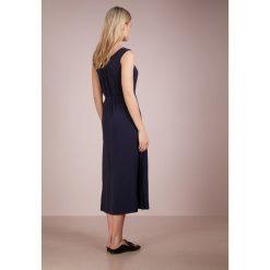 Max Mara Leisure SAVIO Sukienka z dżerseju blue. Niebieskie sukienki z falbanami marki Max Mara Leisure, xs, z dżerseju. W wyprzedaży za 414,50 zł.