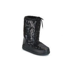 Śniegowce Love Moschino  GIALA. Czarne buty zimowe damskie Love Moschino. Za 799,00 zł.