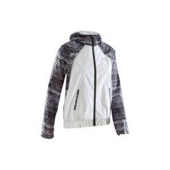 Kurtka do biegania RUN RAIN NIGHT damska. Białe kurtki damskie marki KALENJI. W wyprzedaży za 89,99 zł.