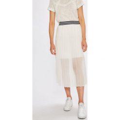 Answear - Spódnica. Szare spódniczki plisowane damskie ANSWEAR, l, z poliesteru, z podwyższonym stanem, midi. W wyprzedaży za 89,90 zł.
