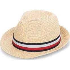 Kapelusz TOMMY HILFIGER - Winning Tommy Team RwB Hat AW0AW05240 203. Brązowe kapelusze damskie marki TOMMY HILFIGER. Za 229,00 zł.
