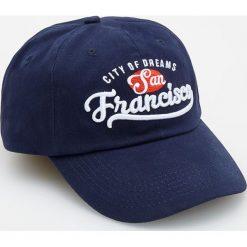 Niebieska czapka z daszkiem - Granatowy. Niebieskie czapki męskie Reserved. W wyprzedaży za 19,99 zł.