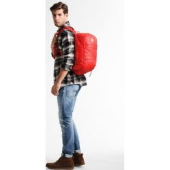 Black Diamond MAGNUM 16L Plecak podróżny torch. Czerwone plecaki męskie marki Black Diamond, sportowe. W wyprzedaży za 136,95 zł.