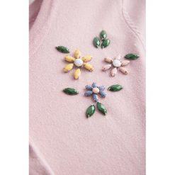 Swetry klasyczne damskie: Sweter na guziki